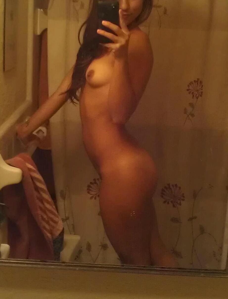 Echange de photo nue avec jeune salope du 25