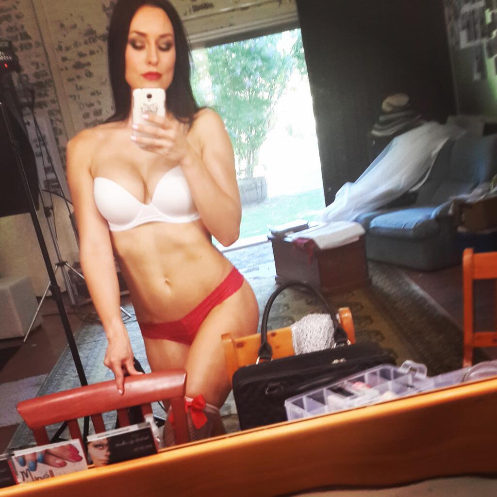 Fille nue du 07 rdv sexe et photo porno