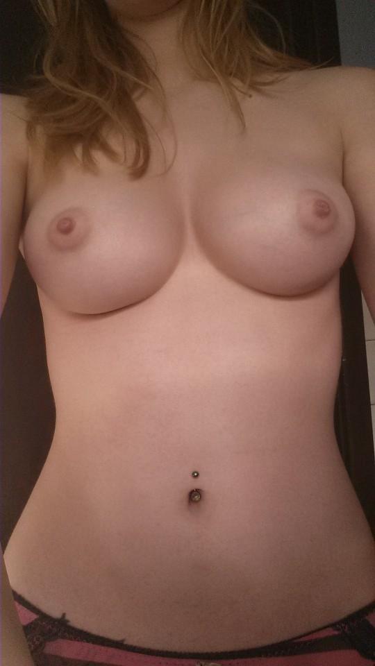 Jeune coquine nympho du 14 photo nue
