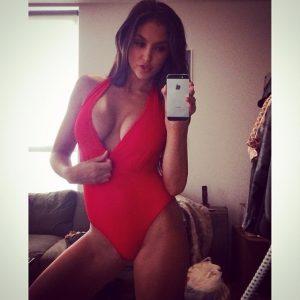 Mère de famille du 80 photo hot selfie