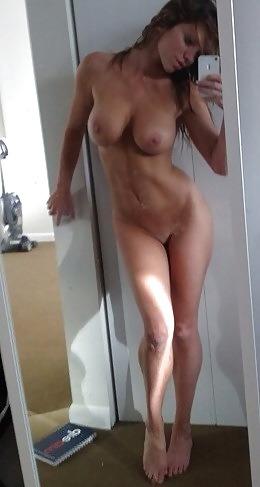 Photo de jeune coquine nue du 59